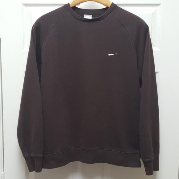 8cc3953920 Vintage Nike Men s Brown Crewneck Sweatshirt - XL.  M 5c10a61904e33d67b0c4a959